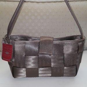 Detroit by Harvey's Seatbelt Bag